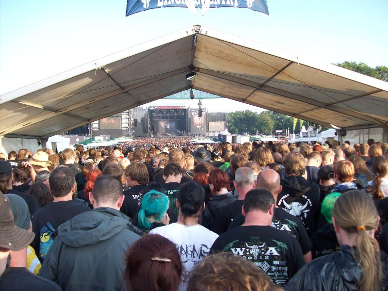 The crowd while entering the Stage Area for Hammerfall