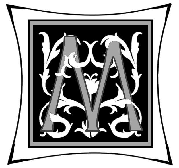 Ein M um dessen Arme Ranken geschlungen sind auf schwarzem Grund und mitgrauen graden Rahmen und darum noch ein weißer eckiger Rahmen.